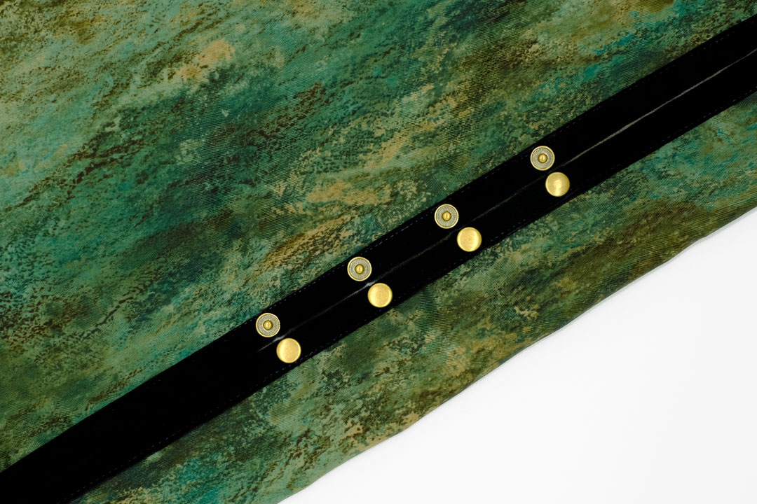 dada cloth Vintage art / ダダクロス ヴィンテージアートのドットボタン